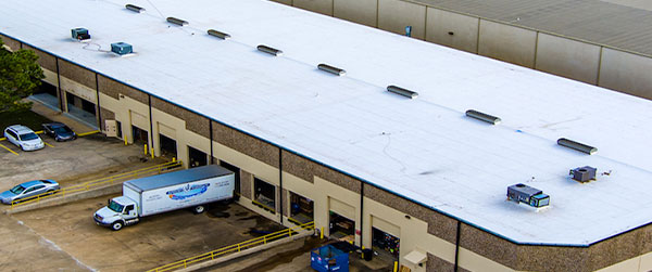 large-commercial-building-new-roofing-installation-in-dallas-texas600x251